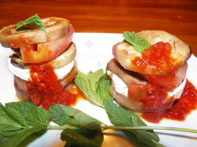 berenjenas con mozzarella y tomate 01