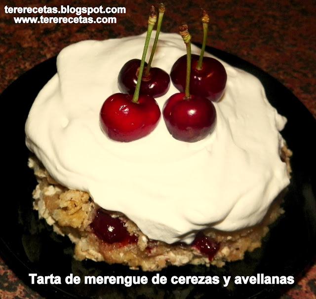 tarta-de-merengue-cerezas-y-avellanas-01-01