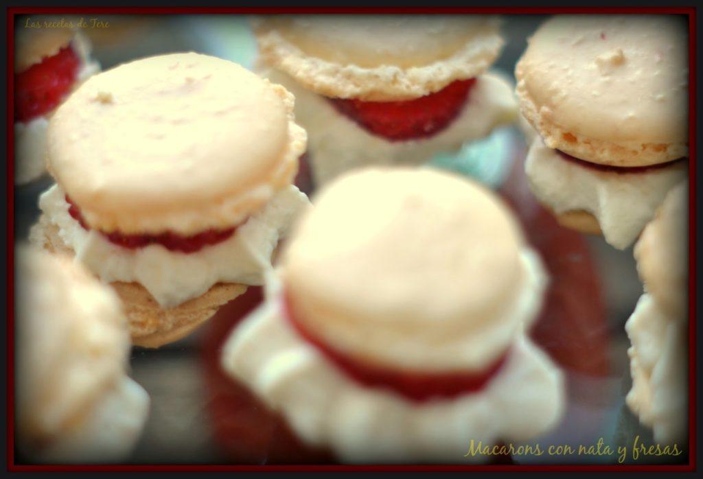 Macarons con nata y fresas 04