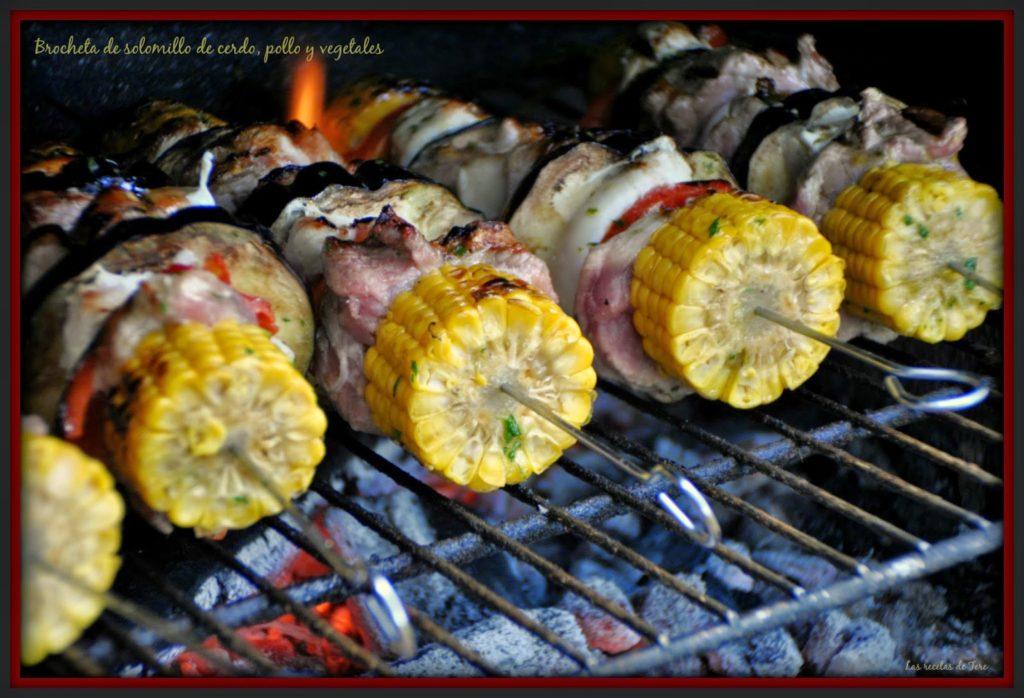 Brocheta de solomillo de cerdo, pollo y vegetales 02
