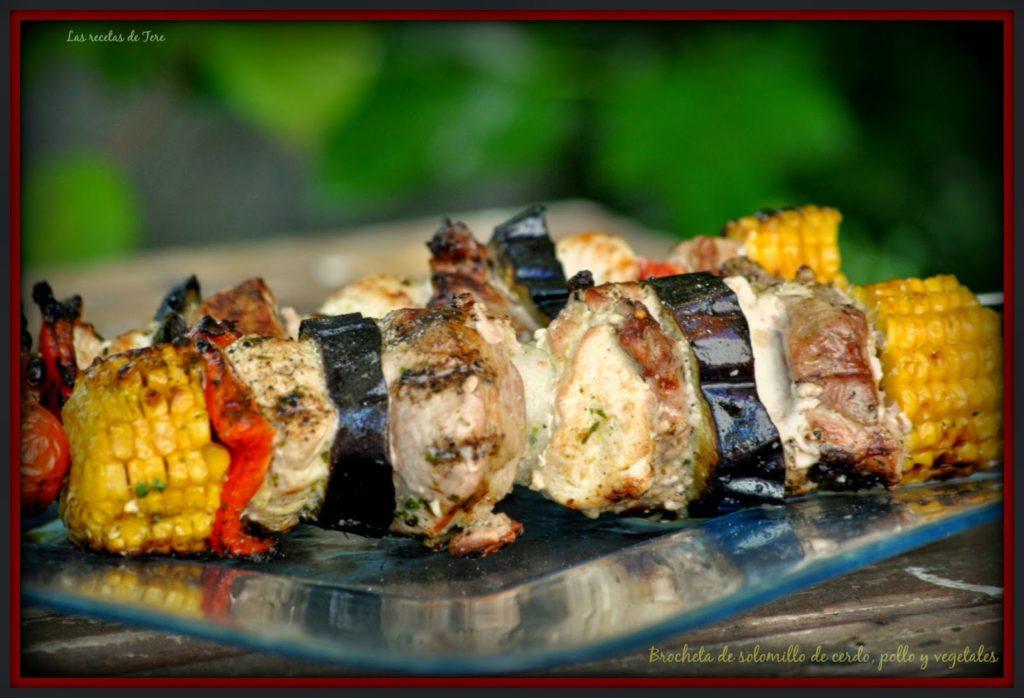 Brocheta de solomillo de cerdo, pollo y vegetales 05