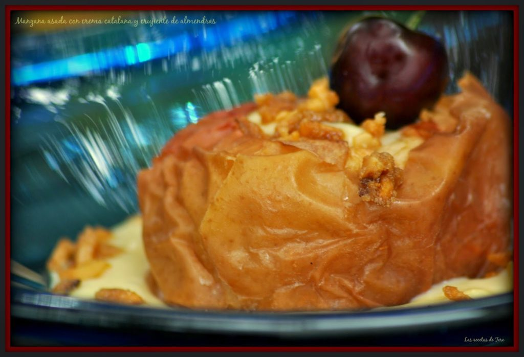Manzana asada con crema catalana y crujiente de almendras 02