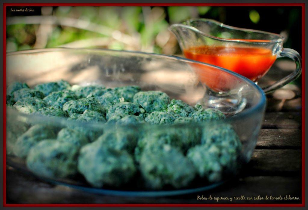 bolas de espinaca y ricotta con salsa de tomate al horno tererecetas 02