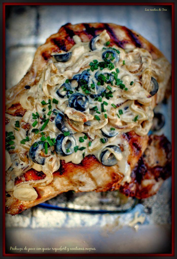 pechuga de pavo con queso roquefort y aceitunas negras tererecetas 05