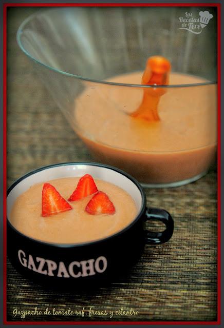 gazpacho de tomate raf fresas y cilantro tererecetas 06