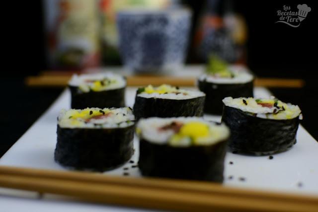 Maki sushi con atún, mango y apio tererecetas 01