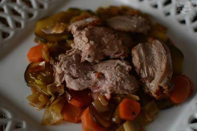 Pierna de cordero lechal en cama de verduras tererecetas 05