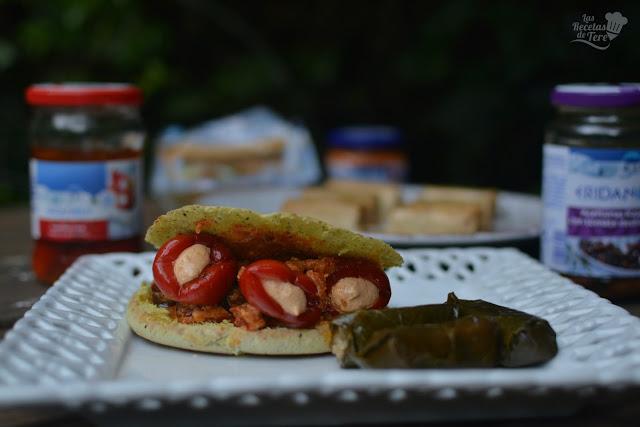 Gyros rellenos de guindillas con queso feta y aceitunas kalamata con tomate seco tererecetas 01