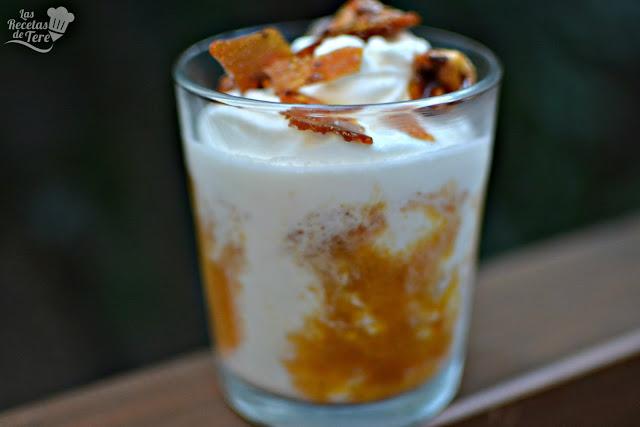 como hacer helado de yogur y coluis de albaricoque 03