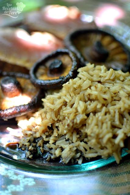 recetas fácil tataki de atún rojo con arroz y setas a la plancha 02