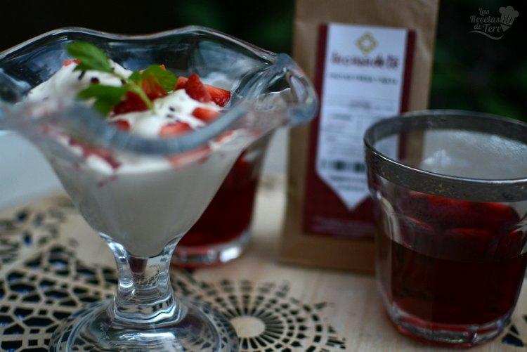 Helado de te de frutas, fresa y nata 04