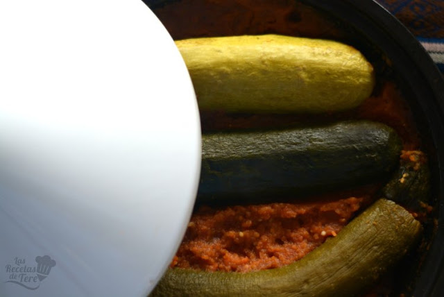 Calabacines rellenos de arroz y carne picada en olla tajine tererecetas 02